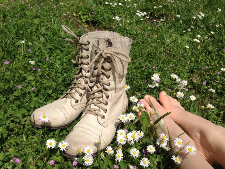 shoes-2185509_1920
