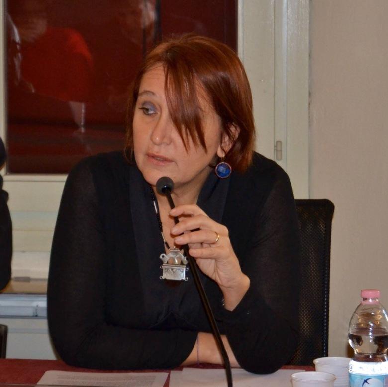 Roberta Paltrinieri durante una conferencia